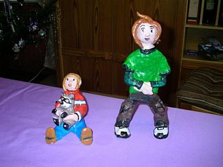 Action figures of Sandra and Woo and Cloud