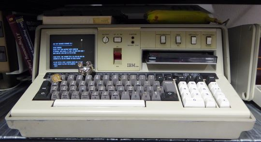 IBM 5100 (banana for scale)